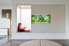 Bay window with Aquarium insert
