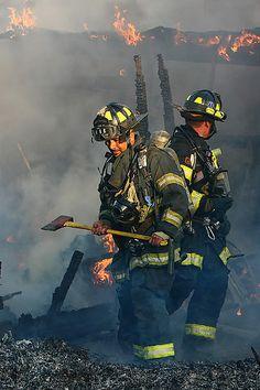 Multi-Alarm Fire Destroys San Jose Radio Station - http://emergencyphoto.zenfolio.com