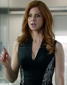 Donna's black v-neck dress with lace side panels on Suits.  Outfit Details: http://wornontv.net/34777/ #Suits