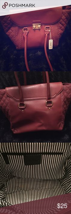 Charming Charlie burgundy purse Burgundy Charming Charlie purse. Charming Charlie Bags Shoulder Bags