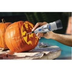 Dremel 7000 Series Alkaline Dual Speed Cordless Rotary Tool Pumpkin Carving Kit with Stenciling - Realty Worlds Tactical Gear Dark Art Relationship Goals Dremel Pumpkin Carving, Amazing Pumpkin Carving, Pumpkin Carving Templates, Unique Pumpkin Carving Ideas, Pumpkin Stencil, Pumpkin Art, Pumpkin Crafts, Thing 1, Carving Designs