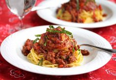Crockpot Turkey Bolognese Sauce © Jeanette's Healthy Living + Top 2012 Recipes