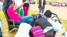 Zambian Pastor Ask Church Members To Kiss His Designer Shoes For Miracle And This Happened Next… Must Read http://colossill.com/zambian-pastor-ask-church-members-to-kiss-his-designer-shoes-for-miracle-and-this-happened-next-must-read/