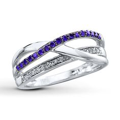 Purple Diamond Ring 1/4 ct tw Round-cut Sterling Silver.... If someone wants to get me this I wear a 7.5 (: