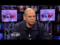 """René de Calle 13 habla sobre """"Multi_Viral"""", Wikileaks y los movimientos sociales en América Latina - YouTube"""