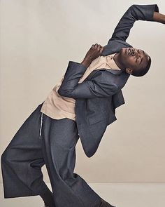 Mens Fashion For Sale Action Pose Reference, Human Poses Reference, Pose Reference Photo, High Fashion Poses, Fashion Model Poses, Photography Poses For Men, Fashion Photography Inspiration, Male Fashion Photography, Vogue Dance