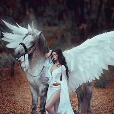 #unicorn #pegasus #horsewithwings #wings #horse#horses#magichorse#queen#fantaisie#elfe#fée#sirène#maquillaje#belleza#naturaleza#chicas#felicidad#modelo#ideasparaunafoto#cuentodehadas#fantasía#duende#hada#gera#fegurð#stelpur Ph :@ironika_photo Md: @anastasia_fayyy Mua :@zyrianova.makeupdnepr Hr : @lynnykiuliia St : @art.irina.pass #forestfairy #dark #fantasy#fairytale Photo Walls, Forest Fairy, Pegasus, Dark Fantasy, Tarot, Fairy Tales, Unicorn, Angels, Wings