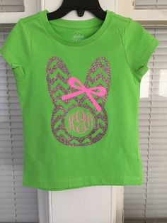 Girls Easter monogrammed shirt - bunny bow Silhouette Cameo Vinyl, Silhouette Cameo Projects, Work Shirts, Kids Shirts, T Shirts For Women, Monogram Shirts, Vinyl Shirts, Vinyl Designs, Shirt Designs