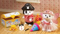 Dressing UP Time SET AND TWO Figures 4638 Sylvanian Families Clothes