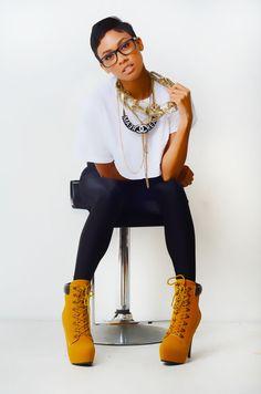blackandkillingit:  iammyimperfections:  She's beautiful  Black Girls Killing ItShop BGKI NOW