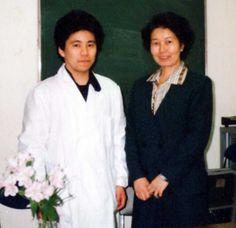 東京大学医学部3号館で,杉下知子先生とご一緒の写真です(1991年3月29日).
