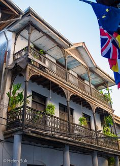 Admire the grand architecture of buildings dating back to the nineteenth century in Stone Town, Zanzibar. Click to find out what else to see and do in this historical town.