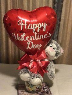 San Valentín Valentine Bouquet, Valentines Flowers, Valentine Wreath, Valentine Decorations, Valentine Crafts, Valentines Day Baskets, Happy Valentines Day, Balloon Flowers, Balloon Bouquet