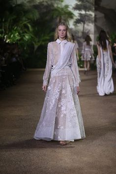 ELIE SAAB Haute Couture Spring Summer 2016 Show