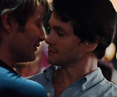 OTP game through the roof ! Hannibal Tv Series, Nbc Hannibal, Hannibal Lecter, Hannibal Funny, Sherlock, Will Graham Hannibal, Gotham, Save The Last Dance, Gary Oldman