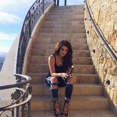 "N I C O L E.  on Instagram: "" | heels -- @windsorsmith | jeans -- hotmiamistyles (I think?) ❤️"""