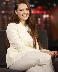 Katherine Langford So Sweet Smile. Beauty Full Girl, Cute Beauty, Beauty Women, Beauty Girls, Hollywood Celebrities, Hollywood Actresses, Young Actresses, Beautiful Celebrities, Beautiful Actresses