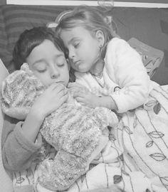 'Dormir juntos perjudica la salud': Lo que te quieren hacer creer