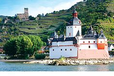 Our award-winning European River Cruises on the Danube, Rhine, Douro, Rhône & Seine offer access to exclusive cultural experiences you can't get on your own Tauck River Cruises, European River Cruises, Yacht Cruises, Tall Ship Cruises, Canal Barge, Rhine River Cruise, Ocean Cruise, Cultural Experience, Tall Ships
