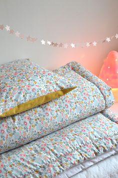 Linge de lit... LES POMMETTES DU CHAT: Couverture Betsy porcelaine