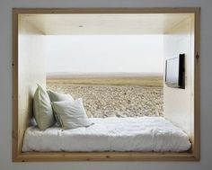 would definitely wake up with the sun in this bed