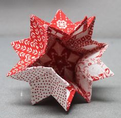 Moravian Star Before Christmas, my friend Nancy found a free pattern online for an English Paper Pieced (EPP) Moravian S Fabric Christmas Ornaments, Quilted Ornaments, Paper Ornaments, Christmas Sewing, Christmas Projects, Christmas Makes, Noel Christmas, Fabric Stars, Fabric Origami