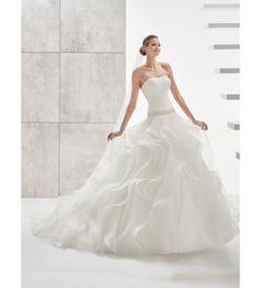 Fashion bride 2017 - Collection AURORA.  AUAB17956. Wedding Dress Nicole.
