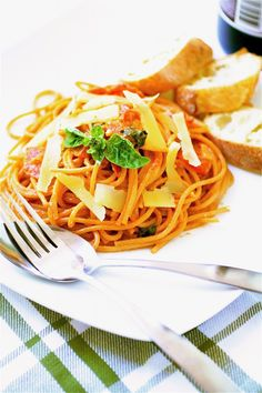 Tomato and Mascarpone Pasta