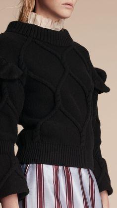Свитер узорной вязки с расклешенными рукавами Черный | Burberry