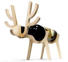 Деревянная стойка для вина в форме лося