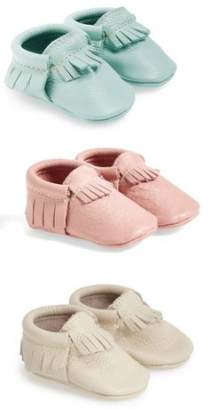 Seriously crushing on these pretty pastel baby moccasins.