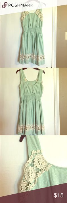 Women's midi dress Item is a gently used LIKE NEW textured women's MIDI DRESS in seafoam with cream white crochet details. Cute for the summer 🐠🐳 Dresses Midi