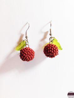 https://www.facebook.com/earrings.mk/?ref=aymt_homepage_panel