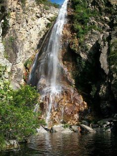 Cachoeira do Serrado - em Porteirinha, MG.