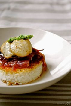Crispy rice, scallops, ginger butter - Miss Crumble - Trend Home Entertainment 2020 No Salt Recipes, Cooking Recipes, Cooking Fish, Cream Recipes, Polenta, Tagine Recipes, Good Food, Yummy Food, Scallop Recipes