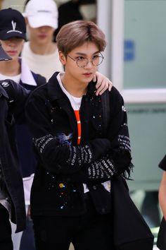 Nct 127, Winwin, Taeyong, Jaehyun, Kpop, Airport Style, Airport Fashion, Nct Dream, Boy Groups