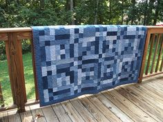 Denim quilt ~ love how this is finished! Found on the coolest gallery of quilts I have seen!