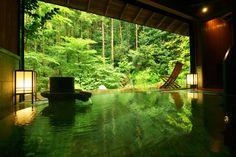 Gyokushoen Arai is a traditional ryokan located in Toi Onsen of Izu peninsula in Shizuoka Prefecture. We take care of your reservation in English!
