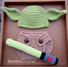 Newborn Crochet Yoda Outfit PATTERN Months- Diaper Cover, Hat, and Light Saber. Perfect for baby photo props! For all the Star Wars fans :) baby yoda outfit free pattern PATTERN/ Yoda Inspired Newborn Outfit/ Crochet Diy Tricot Crochet, Crochet Bebe, Cute Crochet, Crochet For Kids, Crochet Crafts, Crochet Projects, Crochet Ideas, Crochet Fox, Crochet Dolls