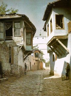 (39) Twitter Old Greek, Urban Architecture, Thessaloniki, Istanbul, Medieval, Greece, Tourism, Cabin, Mansions