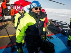 Crown Prince Haakon and Crown Princess Mette Marit are on board the research vessel Lance, which is frozen into the Arctic Ocean outside Svalbard.