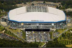 Veltins Arena es un estadio ubicado en Gelsenkirchen (Alemania). Tiene capacidad para 61000 personas y desde su inauguración en el año 2001 es la casa del Schalcke 04. Albergó partidos del mundial de fútbol de 2006.