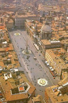 Piaza Navona . Roma.Barroco 1644-55.Papado de Inocencio X. Proyecto y dirección: Girolamo, Rinaldi, Borromini, Bernini...