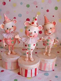 *PAPER CLAY ~ Christmas Mice by thepolkadotpixie, via Flickr