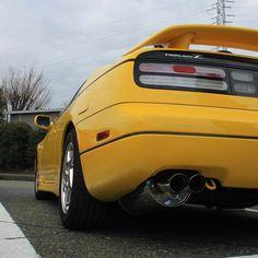 IMPUL Exhaust play elegant sound  #300zx #z32 #fairladyz #zcar #nissan #jdm #s30 #s130 #z31 #z33 #z34 #350z #370z #vg30dett #lightningyellow #yellow #exhaust #impul #日本 #日産 #フェアレディZ #ライトニングイエロー #インパル #マフラー #上品
