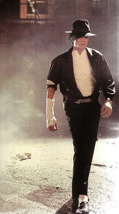 Michael Jackson baila