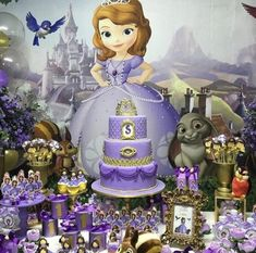 Sofia Cake, Princess Sofia Party, Princesa Sophia, Sofia The First Birthday Party, First Birthdays, Party Favors, Balloons, Leh, Frozen
