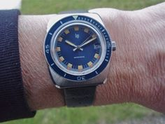 yema - Recherche: 70's / bleu / plongee ???