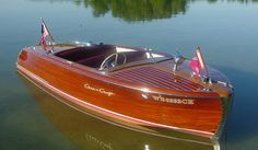 Learn how to build a wooden boat and more at Rocky Mountain Boat School Old Boats, Small Boats, Chris Craft Wooden Boats, Wooden Speed Boats, Stone Cabin, Big Girl Toys, Runabout Boat, Classic Wooden Boats, Boat Fashion
