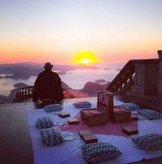 café da manhã no Cristo, não é para todos… (Foto: Reprodução/Instagram)
